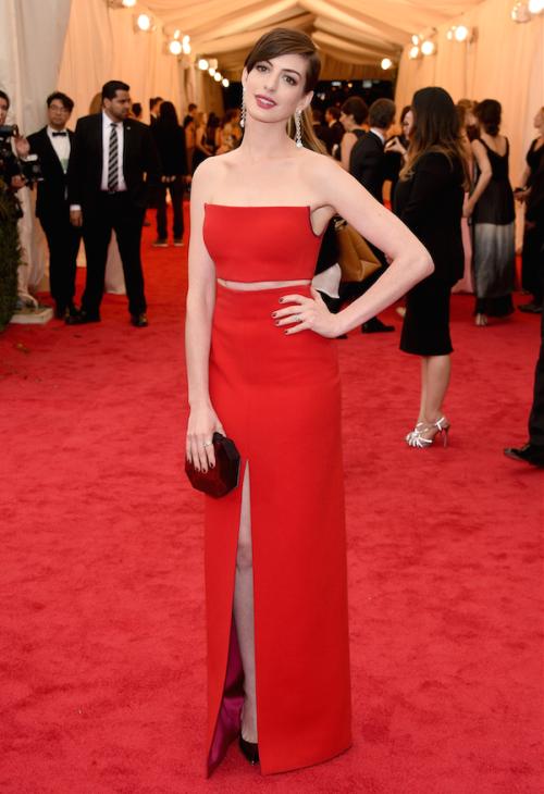 Anne Hathaway| Calvin Klein